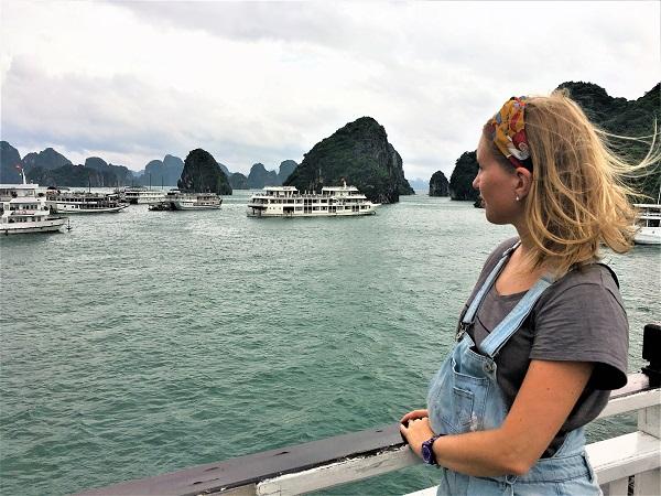 Female blogger heidigoestravelling starring at the Halong bay
