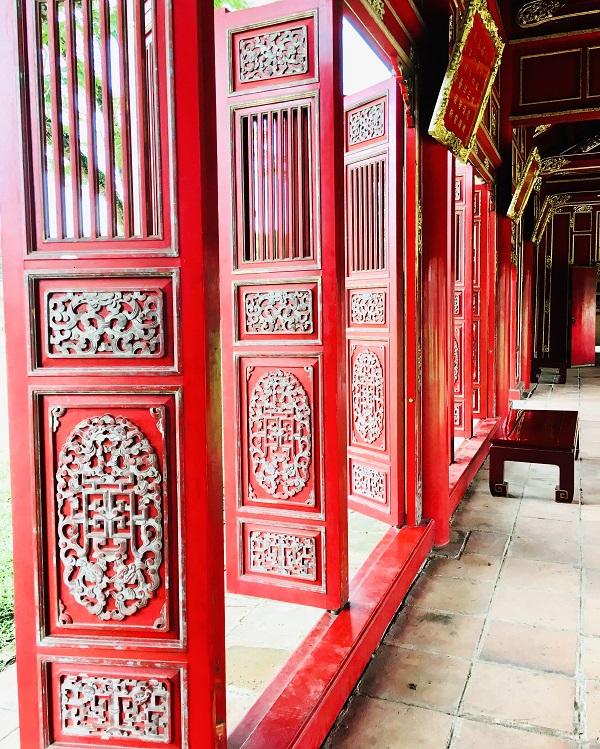 6 reasons to visit Vietnam Red doors Purple City Hué