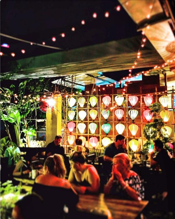 6 reasons to visit Vietnam Restaurant Secret garden Saigon