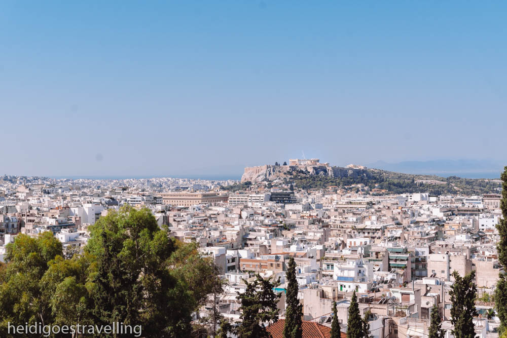 Picture of a 180° view of Athens with the Acropolis in the background